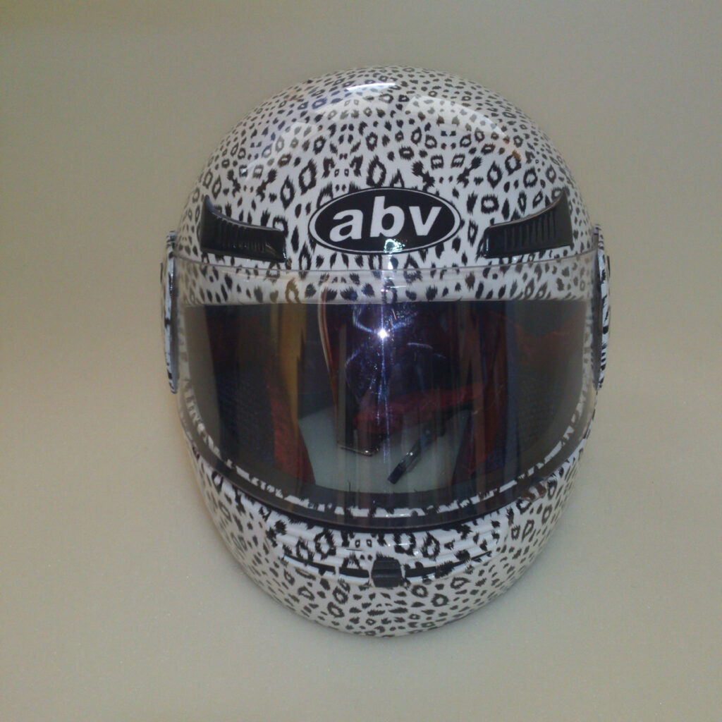 abv-motor-kask13